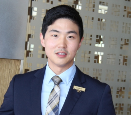 Sommelier David Oh